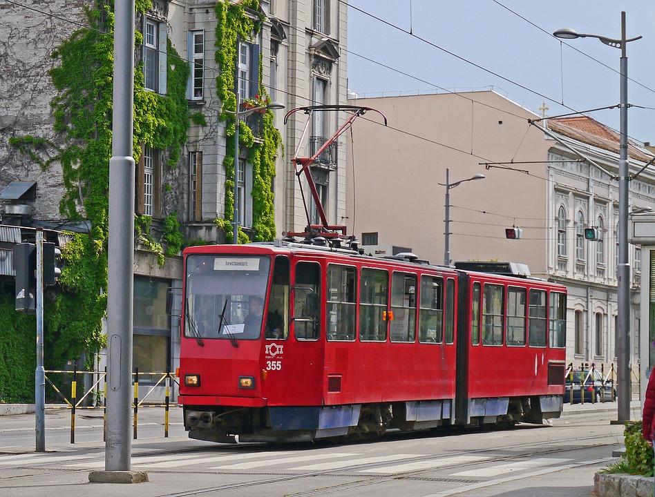 Tranvía en Belgrado, Fuente: hpgruesen, Pixabay -Que ver en Belgrado - la capital de Serbia