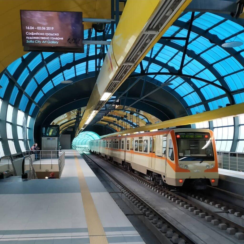 El metro de Sofía, Fuente: @mhdzastavka, Instagram