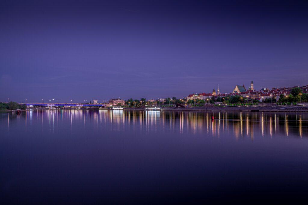 Vista panorámica de la ciudad desde el río Vístula