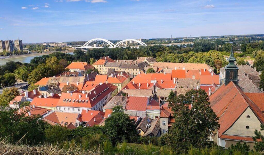 Vistas de Novi Sad desde la fortaleza, Fuente: @klinsky_project, Instagram