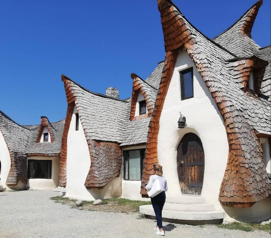 Photo @amorysoul Castelul de lut Valea Zanelor cuento de hadas