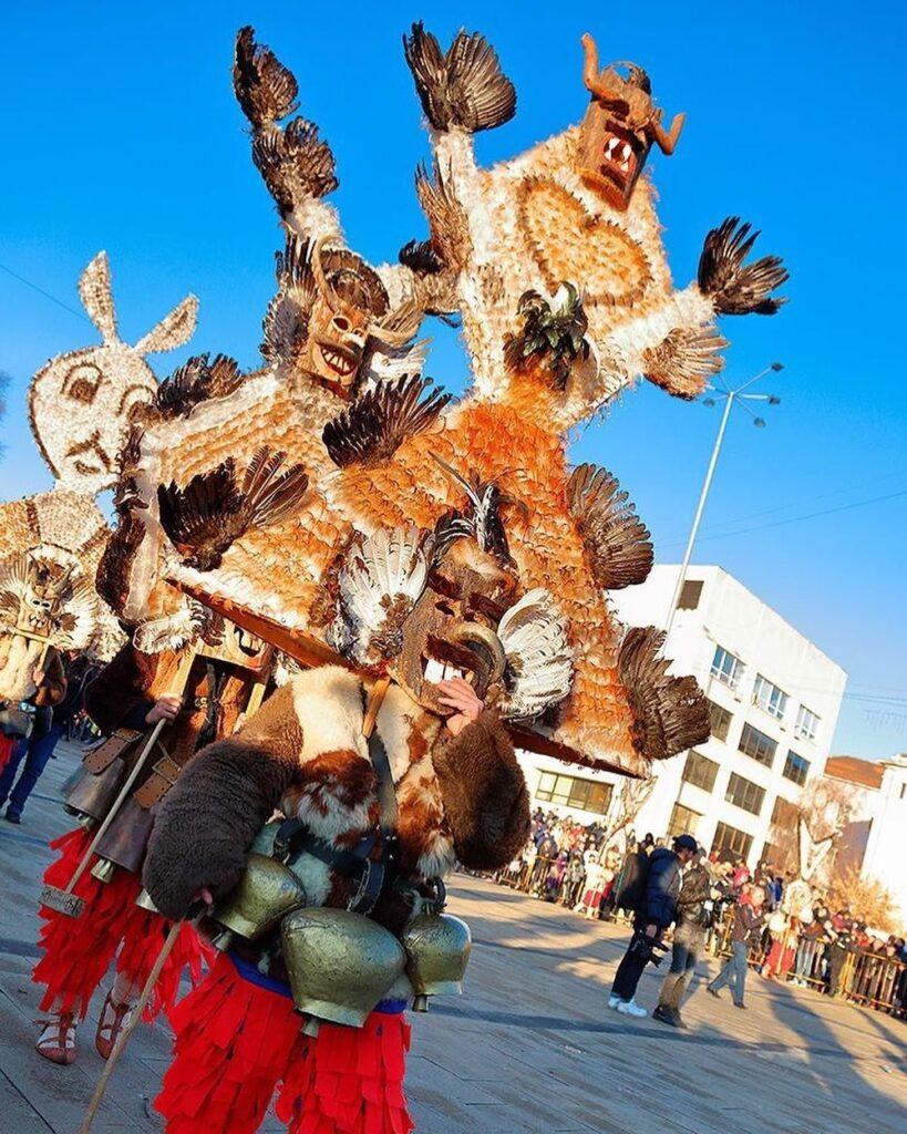 El Festival de Surva, Fuente: @bulgaria.surva_.kukeri-Instagram