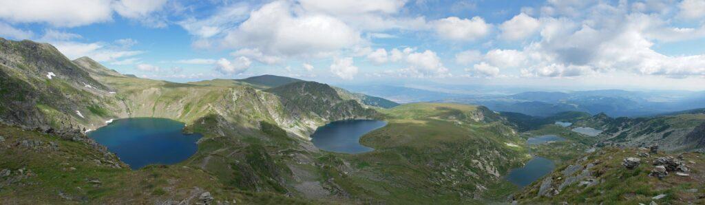 Vistas panorámicas de los Siete lagos de Rila, Fuente: Wikipedia